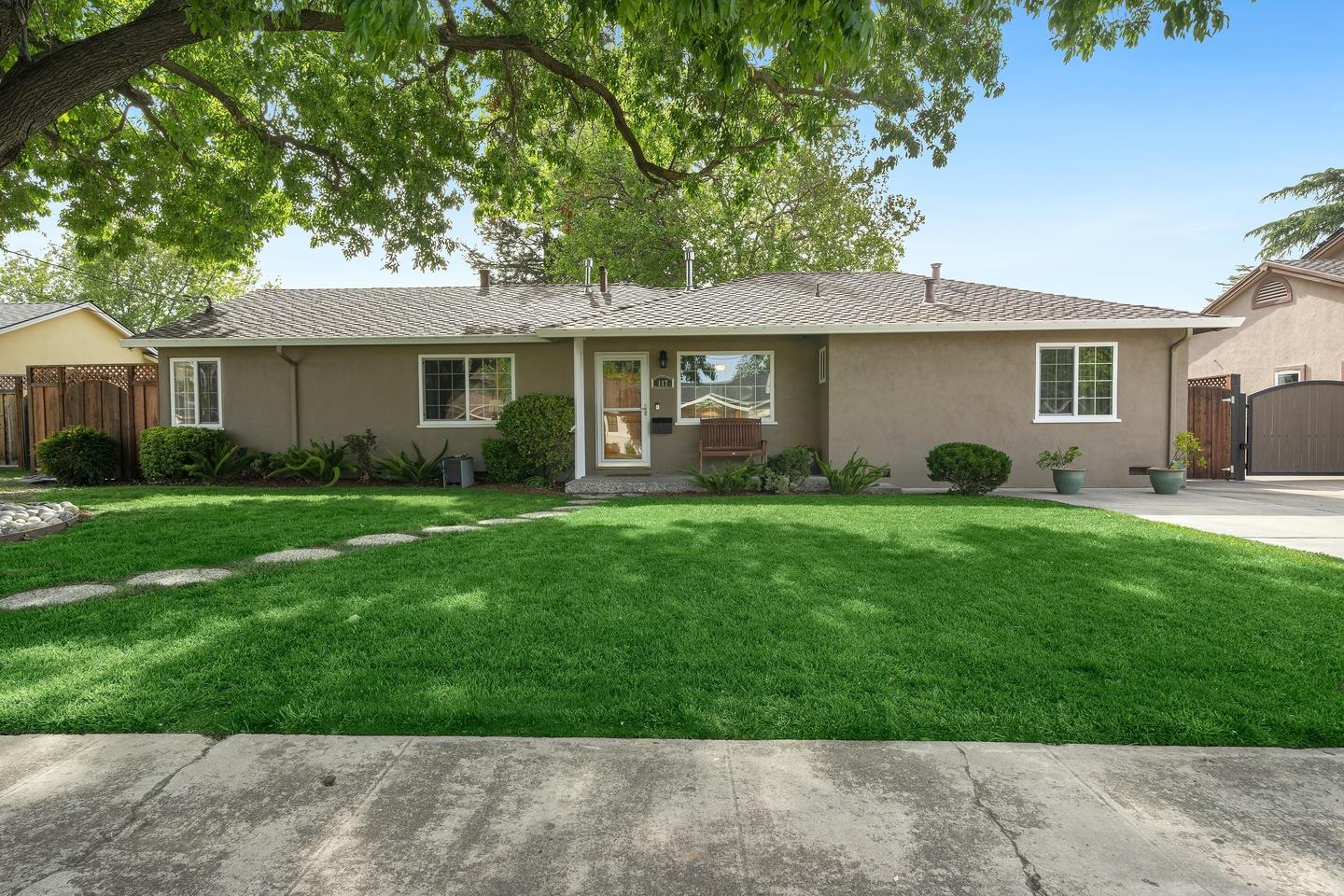 Detail Gallery Image 1 of 1 For 117 Hardy Ave, Campbell,  CA 95008 - 5 Beds   3 Baths