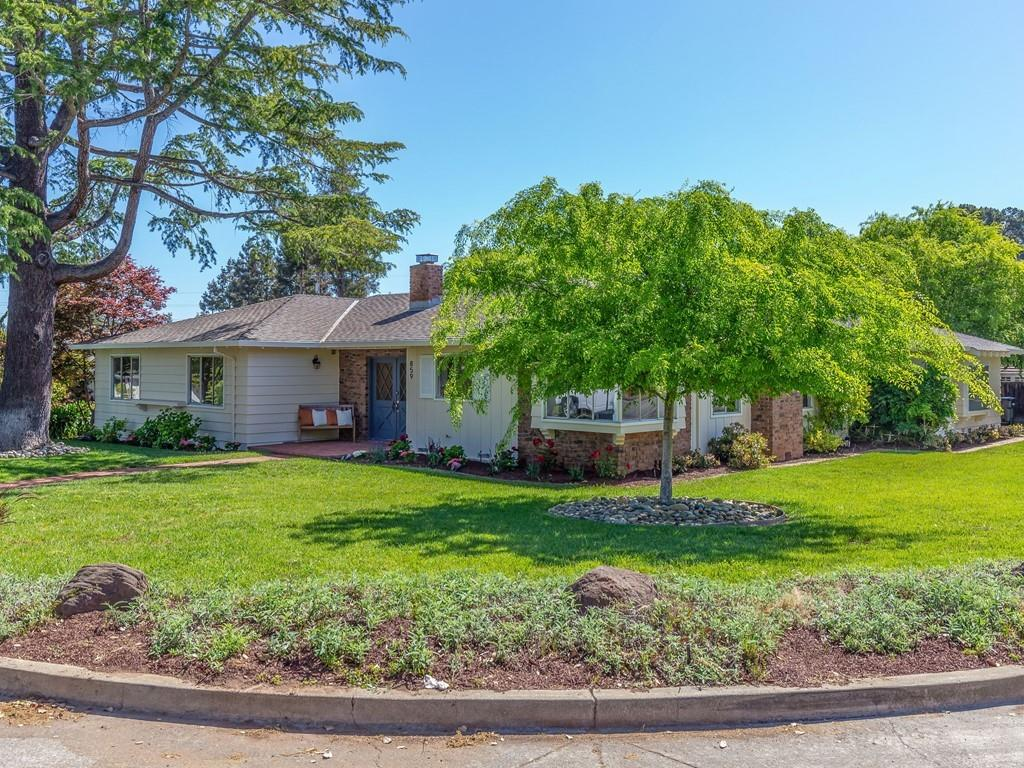 Photo for 859 Carnation Court