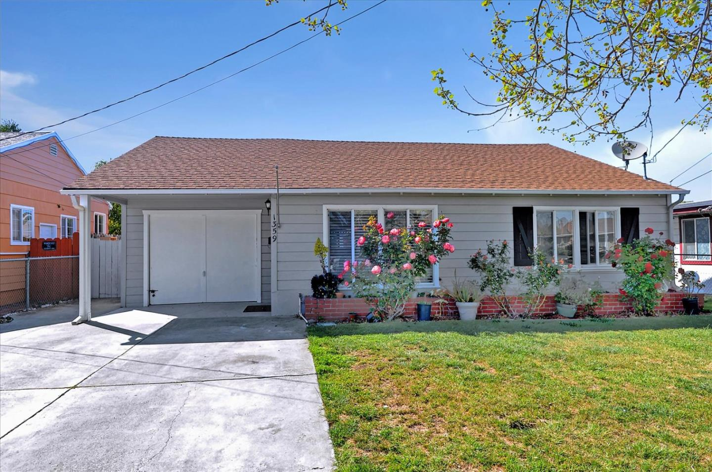 Detail Gallery Image 1 of 1 For 1359 Hollyburne Ave, Menlo Park,  CA 94025 - 3 Beds   1 Baths