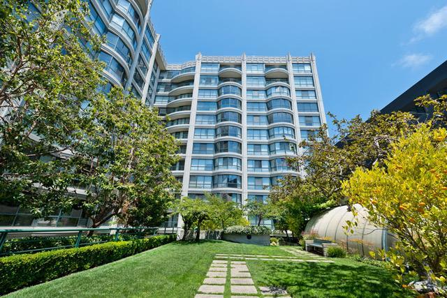 Detail Gallery Image 1 of 14 For 300 3rd St, San Francisco,  CA 94107 - 2 Beds   2 Baths