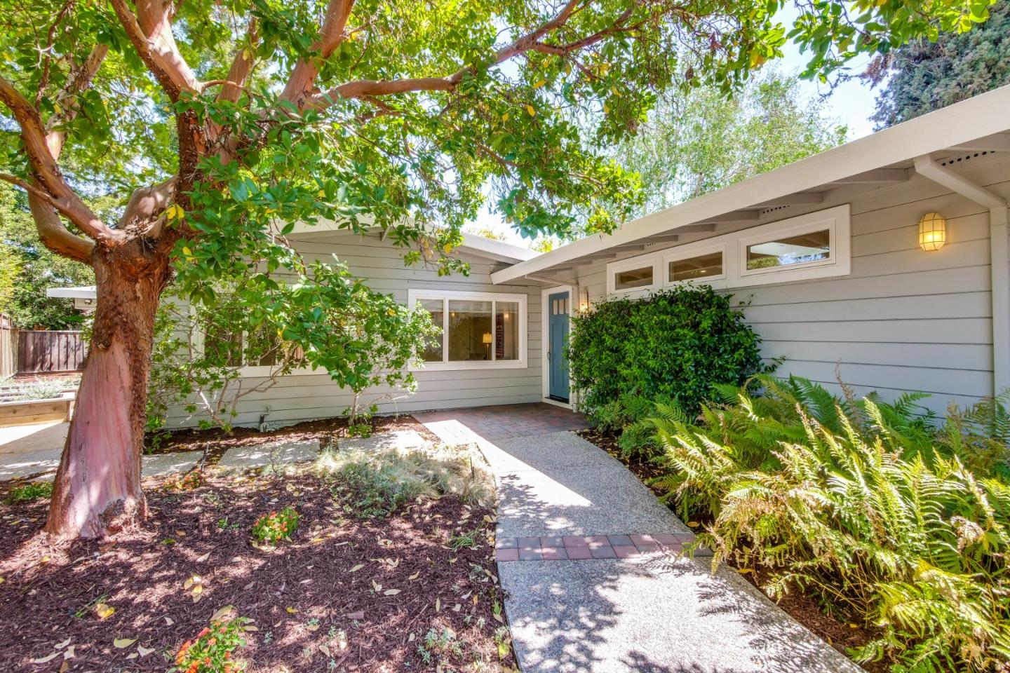 Detail Gallery Image 1 of 23 For 3443 Ashton Ct, Palo Alto,  CA 94306 - 4 Beds   2/1 Baths