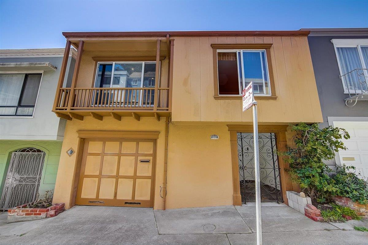 Detail Gallery Image 1 of 56 For 2037 14th Ave, San Francisco,  CA 94116 - 2 Beds   1 Baths