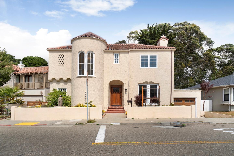 Detail Gallery Image 1 of 1 For 496 Crestlake Dr, San Francisco,  CA 94132 - 4 Beds | 3 Baths