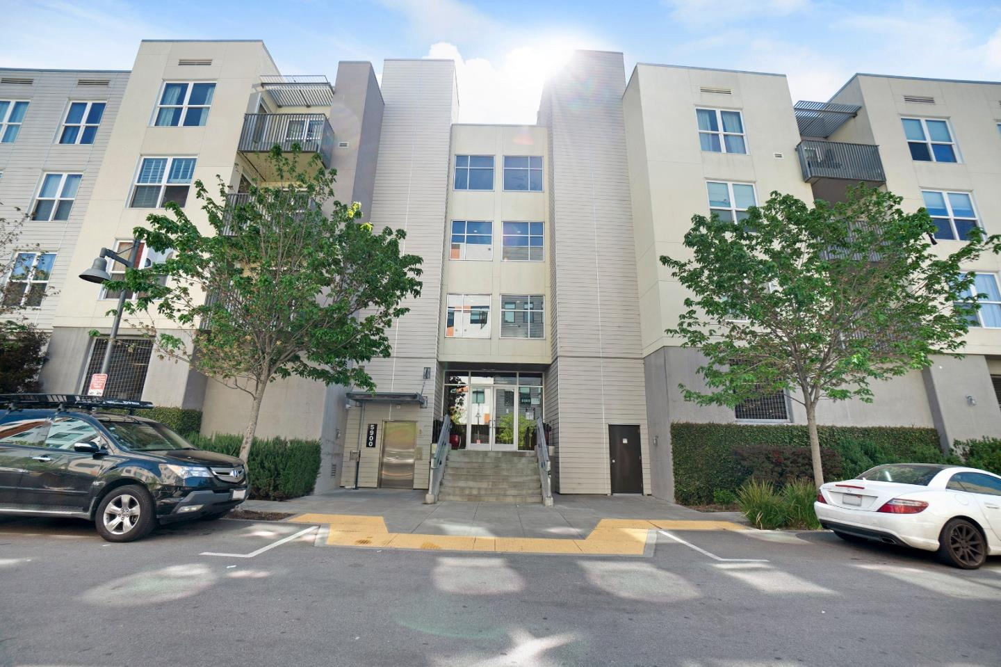 Detail Gallery Image 1 of 1 For 5900 3rd St #2401,  San Francisco,  CA 94124 - 2 Beds   2 Baths