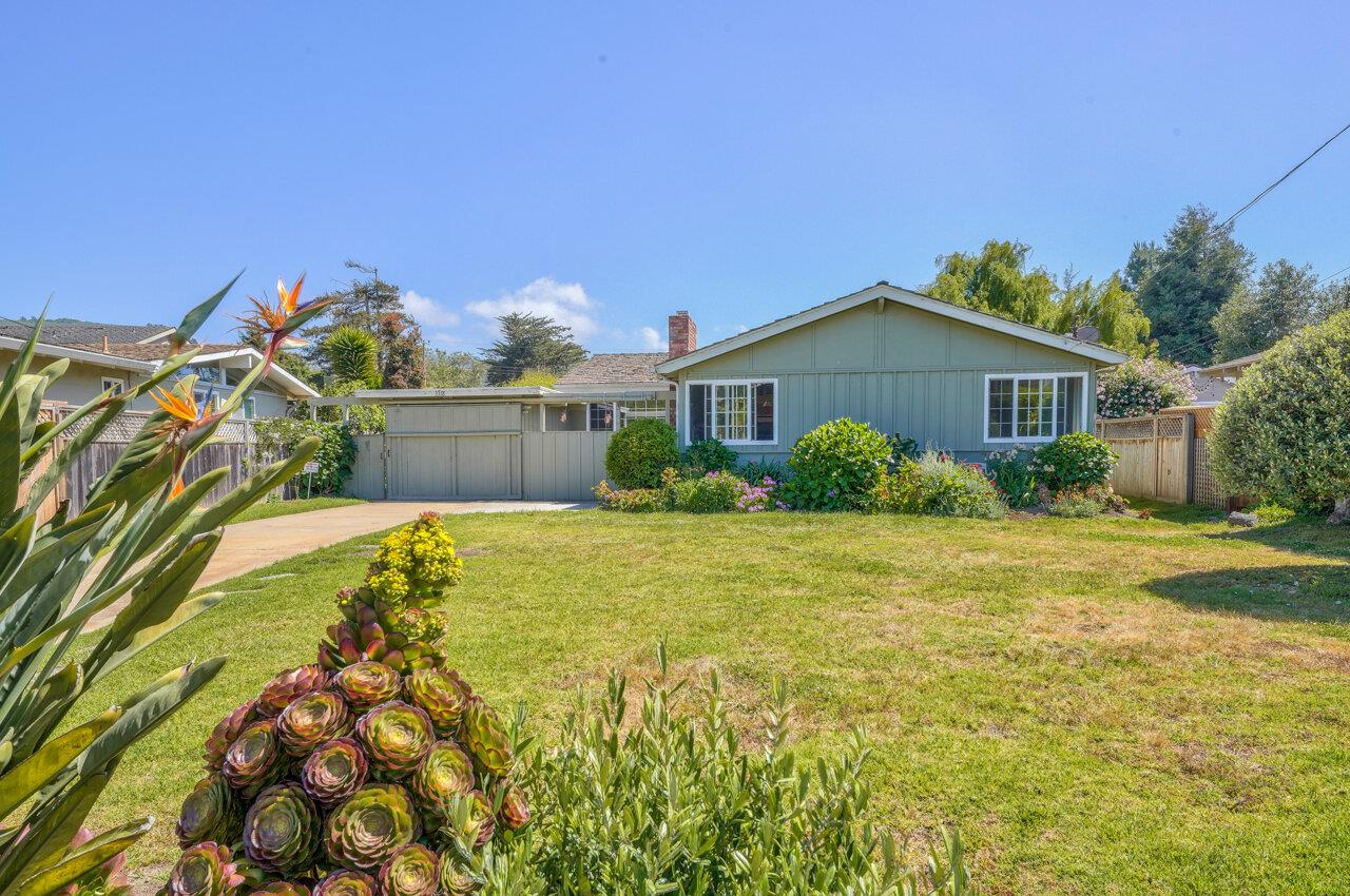 Detail Gallery Image 1 of 1 For 3318 Sycamore Pl, Carmel,  CA 93923 - 4 Beds   2 Baths