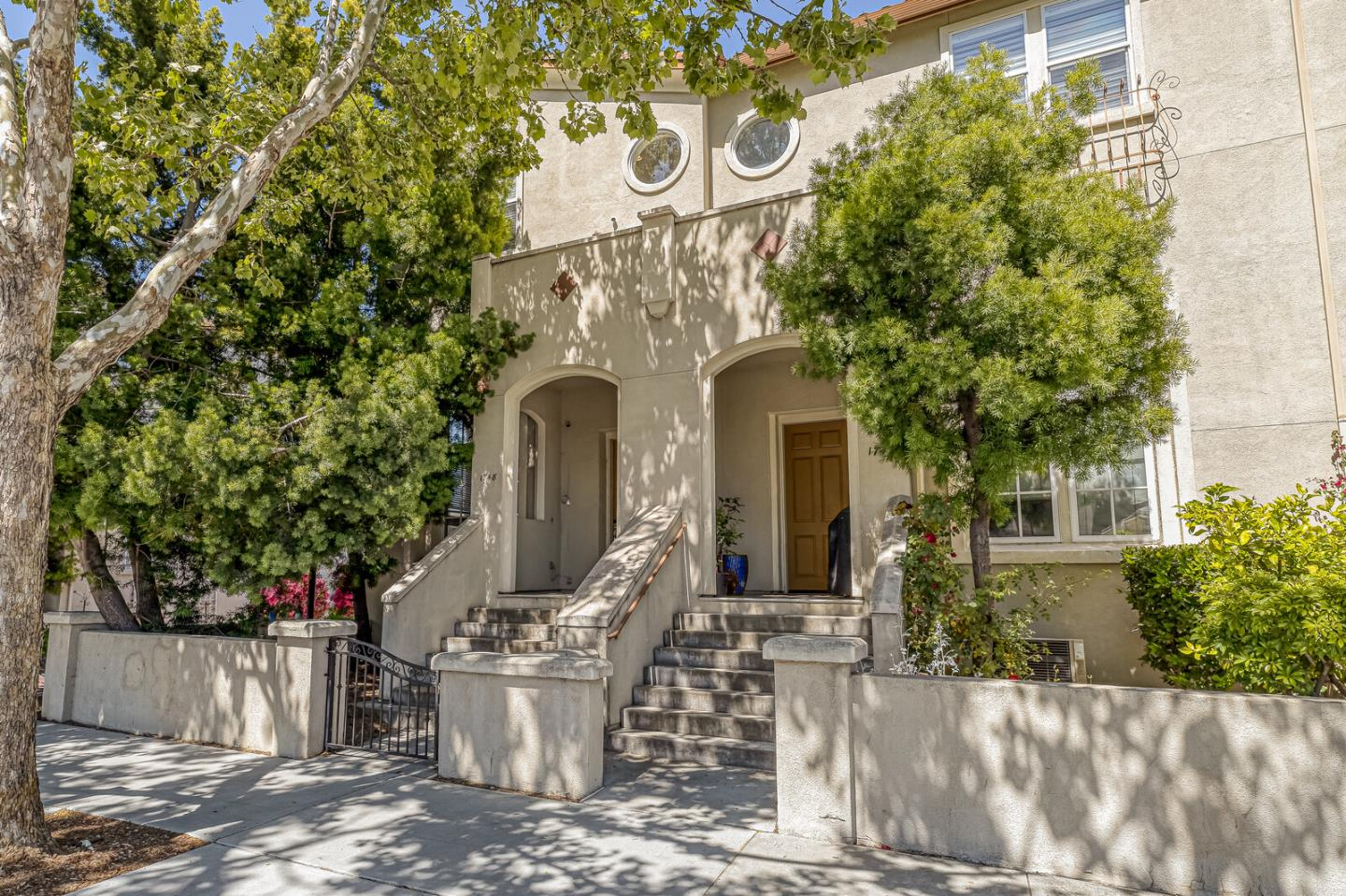 Detail Gallery Image 1 of 1 For 1748 Park Ave, San Jose,  CA 95126 - 3 Beds   2/1 Baths