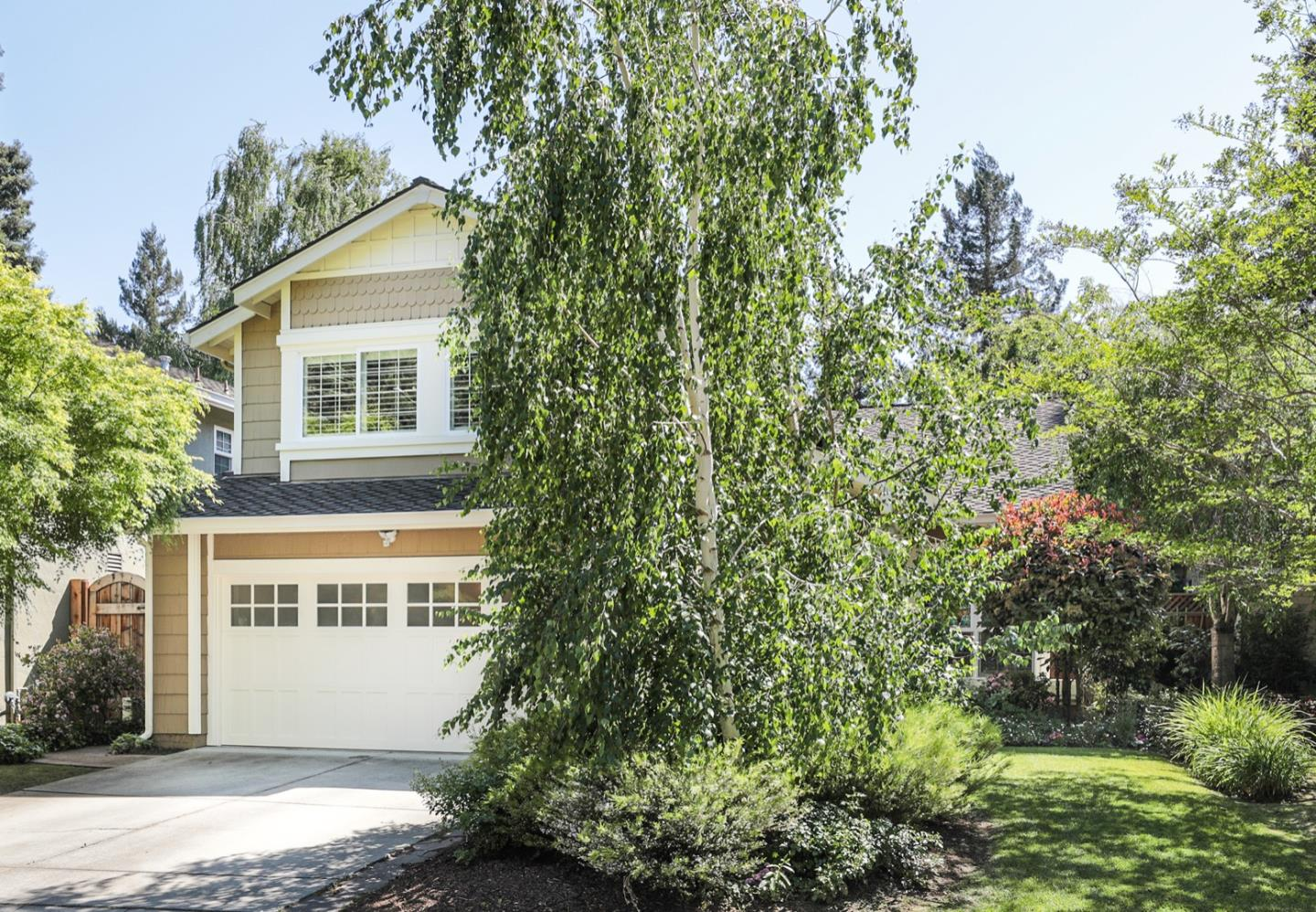 Detail Gallery Image 1 of 1 For 218 Brighton Ln, Redwood City,  CA 94061 - 4 Beds | 2/1 Baths