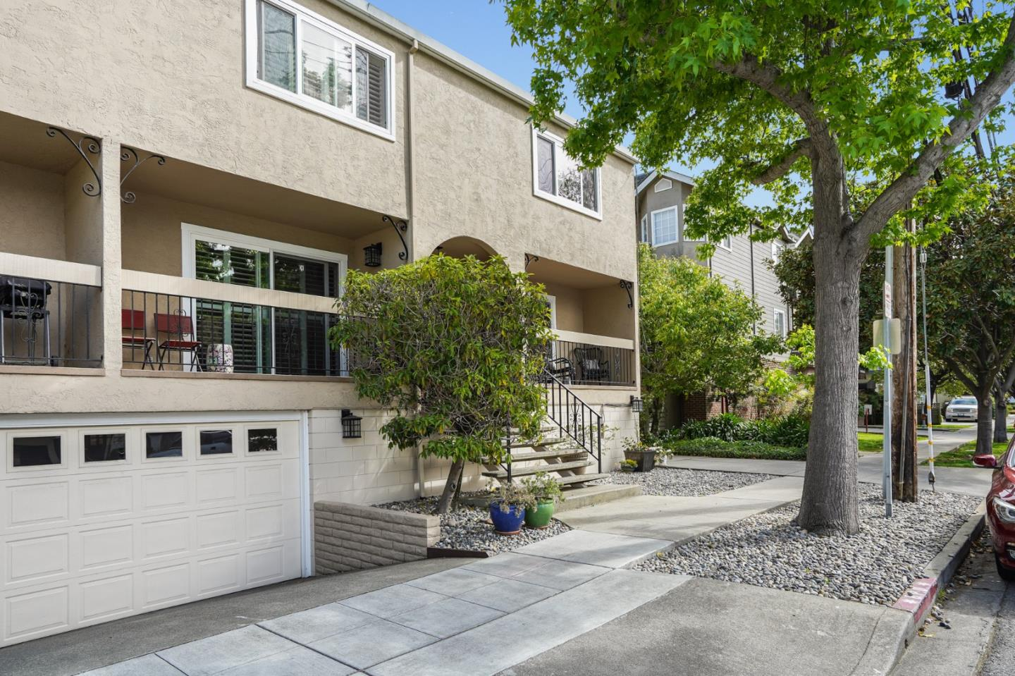 Detail Gallery Image 1 of 29 For 1207 Bayswater Ave, Burlingame,  CA 94010 - 2 Beds   2 Baths