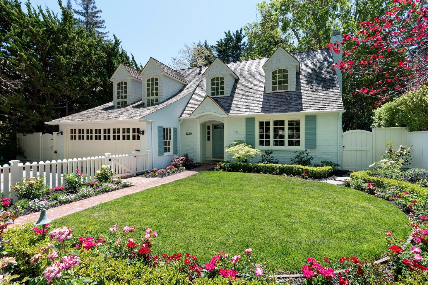 Detail Gallery Image 1 of 1 For 1220 Pitman Ave, Palo Alto,  CA 94301 - 4 Beds   3 Baths