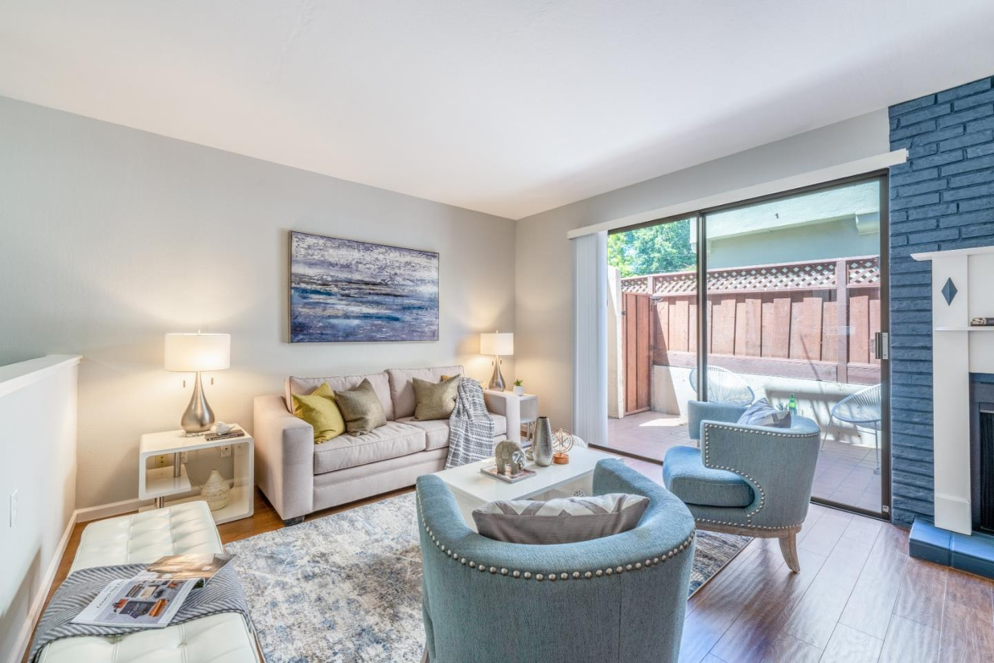 Detail Gallery Image 1 of 54 For 747 El Camino Real #5,  Burlingame,  CA 94010 - 2 Beds   2/1 Baths