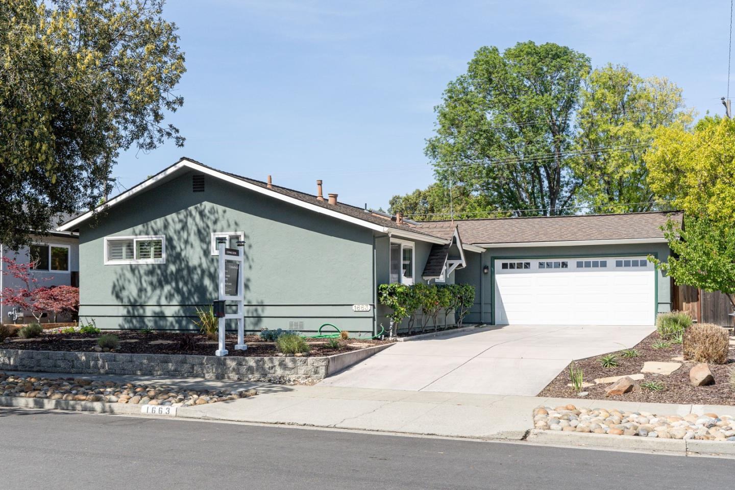Detail Gallery Image 1 of 1 For 1663 Kennard Way, Sunnyvale,  CA 94087 - 3 Beds   2 Baths