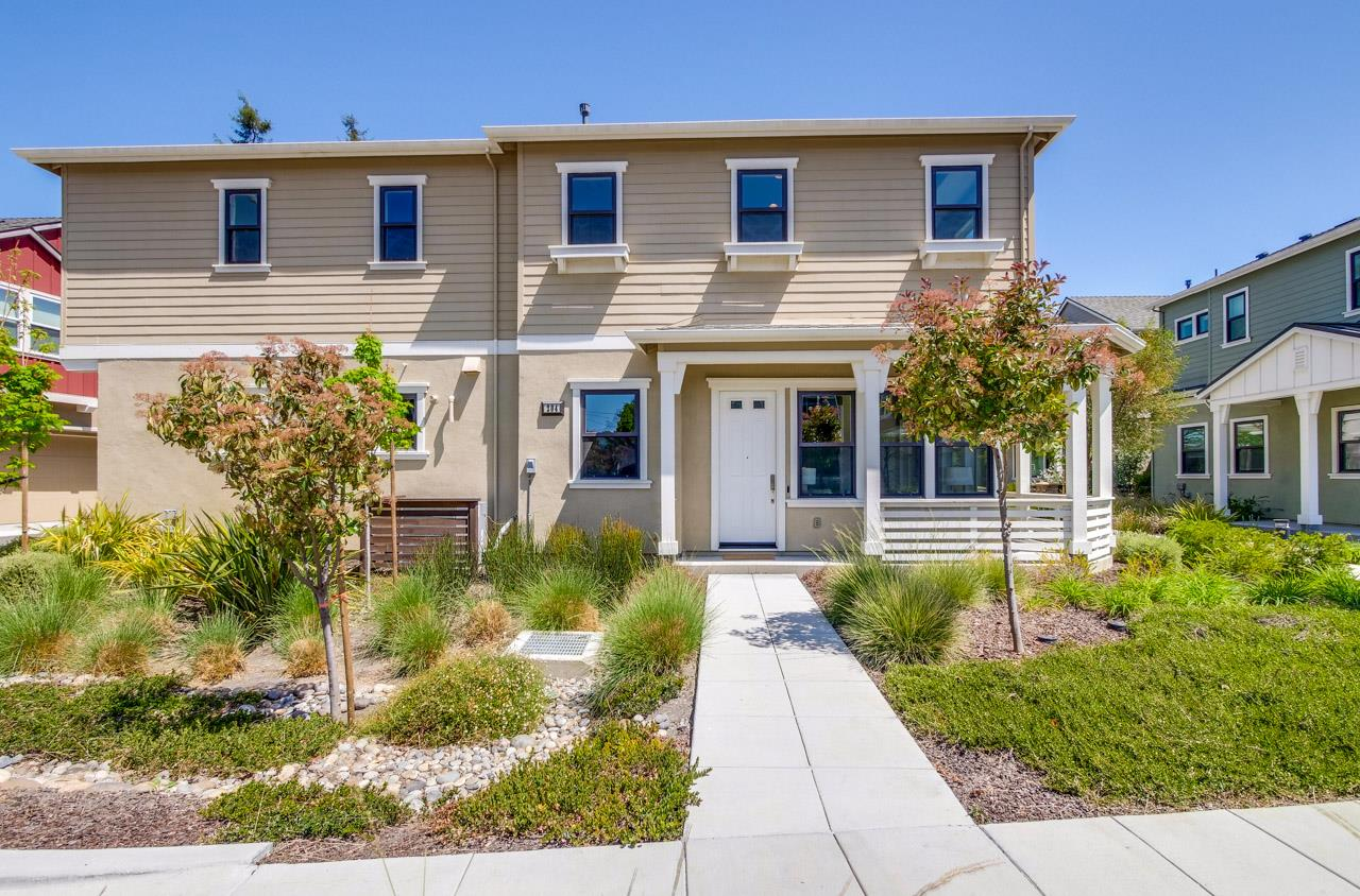 Detail Gallery Image 1 of 1 For 204 Athena Ct, Mountain View,  CA 94043 - 3 Beds   2/1 Baths