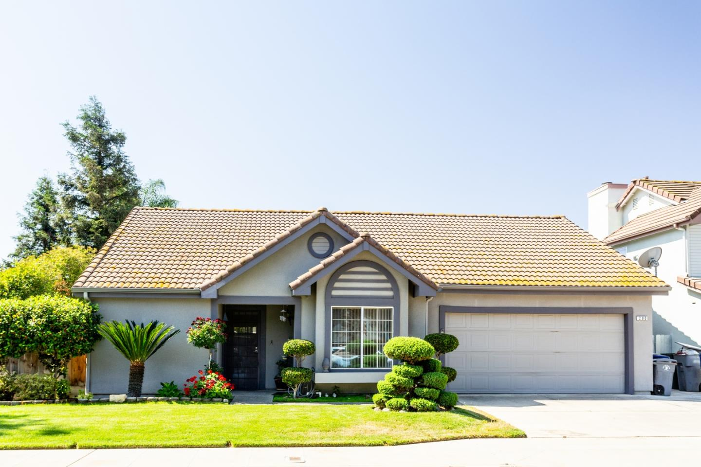Detail Gallery Image 1 of 1 For 200 W El Paso Ave, Clovis,  CA 93611 - 3 Beds | 2 Baths
