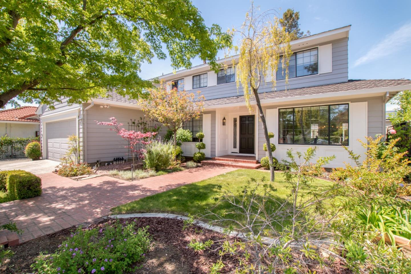 Detail Gallery Image 1 of 1 For 2911 Silver Est, San Jose,  CA 95135 - 4 Beds   2/1 Baths