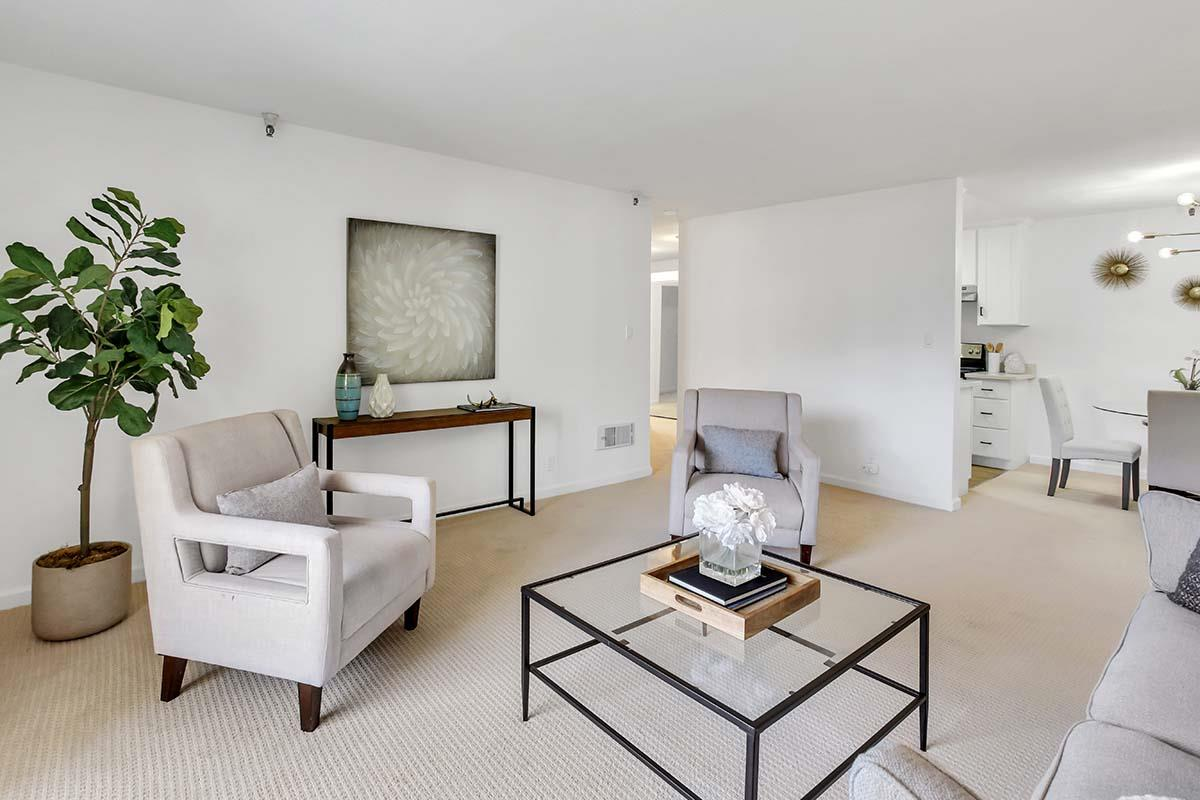 Detail Gallery Image 1 of 1 For 400 Ortega Ave #208,  Mountain View,  CA 94040 - 2 Beds   1 Baths