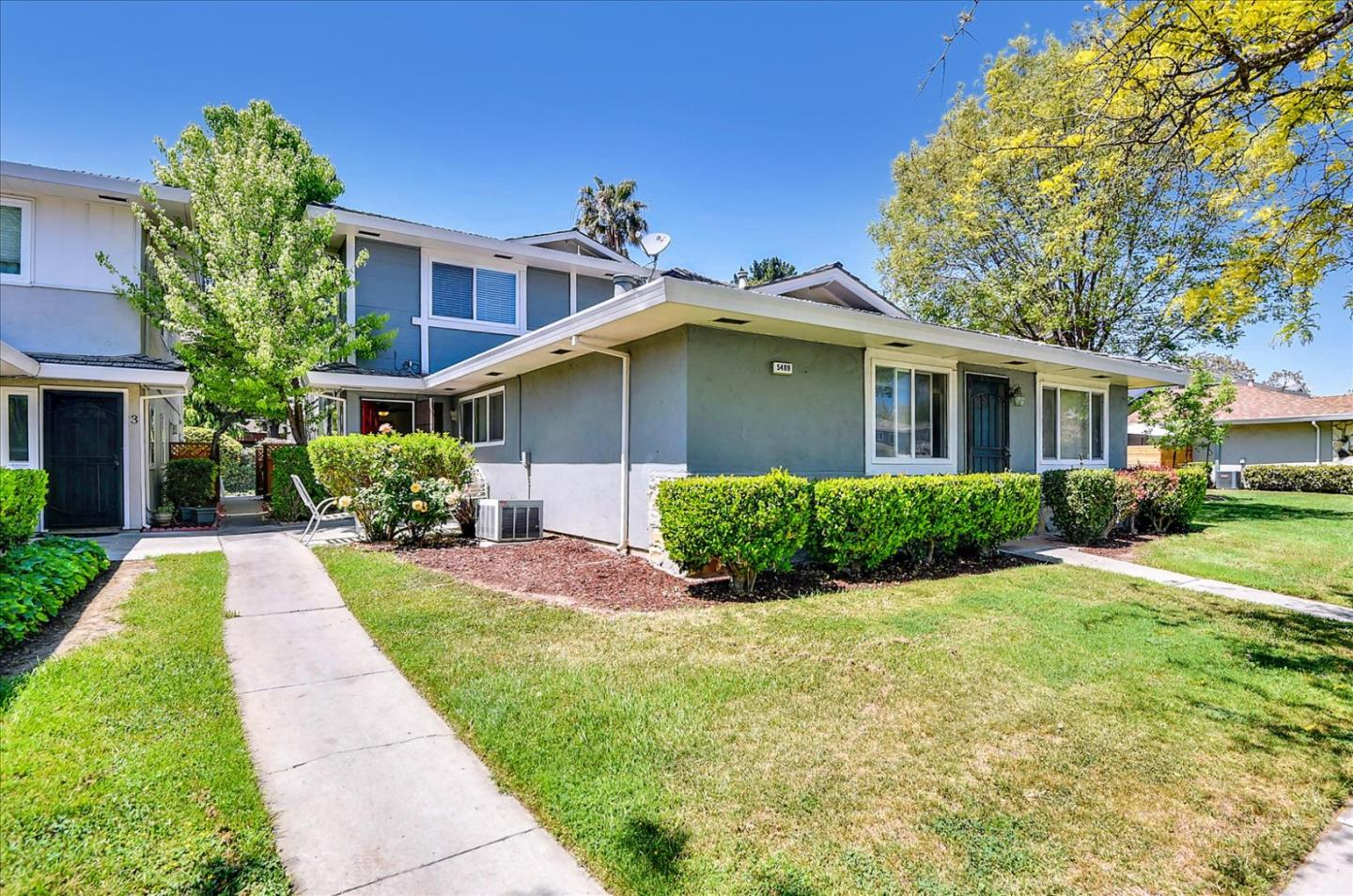 Detail Gallery Image 1 of 1 For 5489 Judith St #3,  San Jose,  CA 95123 - 2 Beds | 1 Baths