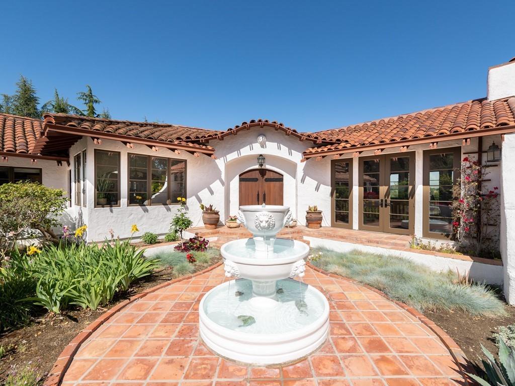 23715 Camino Hermoso DR Los Altos Hills CA 94024