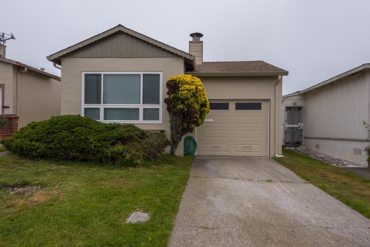 Detail Gallery Image 1 of 24 For 233 Mariposa Ave, Daly City,  CA 94015 - 3 Beds   2 Baths