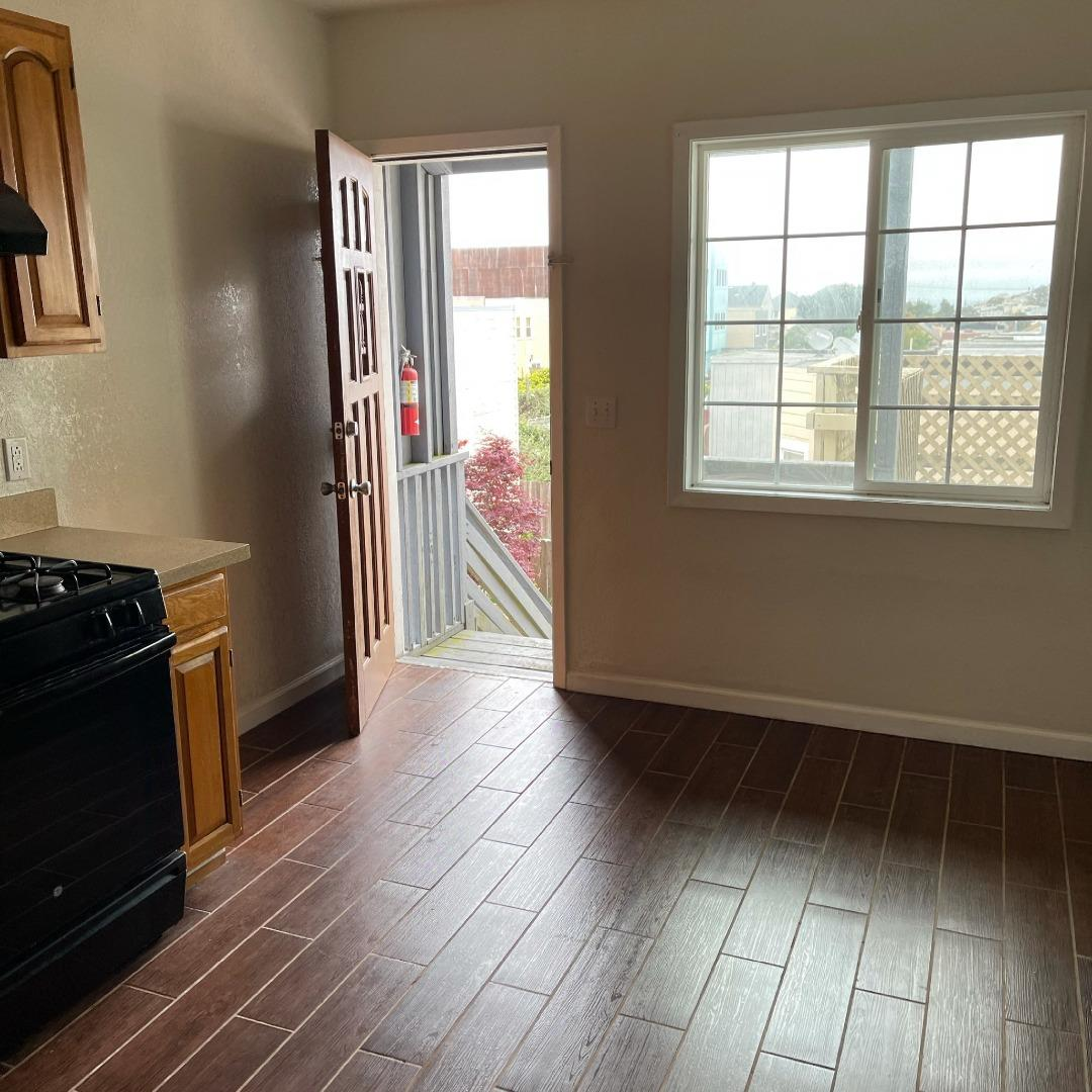 Detail Gallery Image 1 of 1 For 6074 Mission St #19,  Daly City,  CA 94014 - 2 Beds   1 Baths