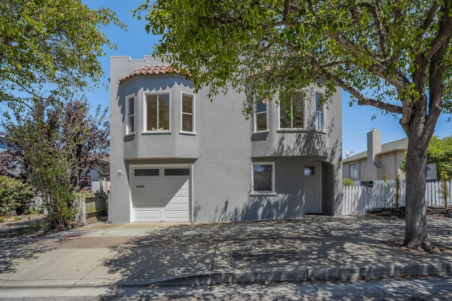 Detail Gallery Image 1 of 1 For 443 D St, Colma,  CA 94014 - 3 Beds   2 Baths