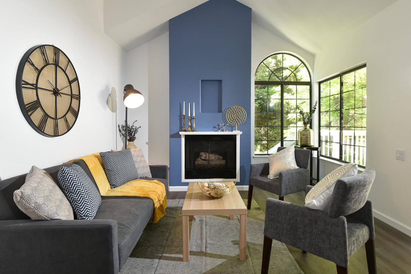 Detail Gallery Image 1 of 1 For 2720 Buena View Ct, San Jose,  CA 95121 - 2 Beds   2 Baths