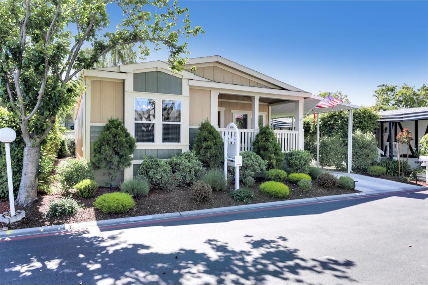 Detail Gallery Image 1 of 45 For 1050 Borregas Ave #169,  Sunnyvale,  CA 94089 - 3 Beds   2 Baths
