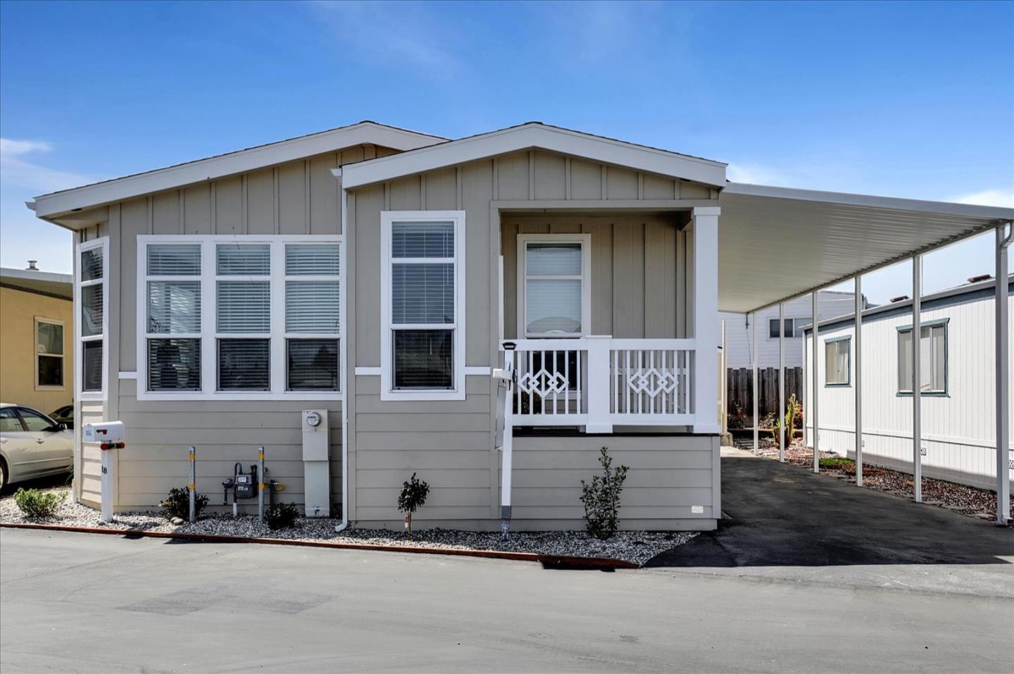 Detail Gallery Image 1 of 35 For 325 Sylvan Ave #18,  Mountain View,  CA 94041 - 3 Beds   2 Baths
