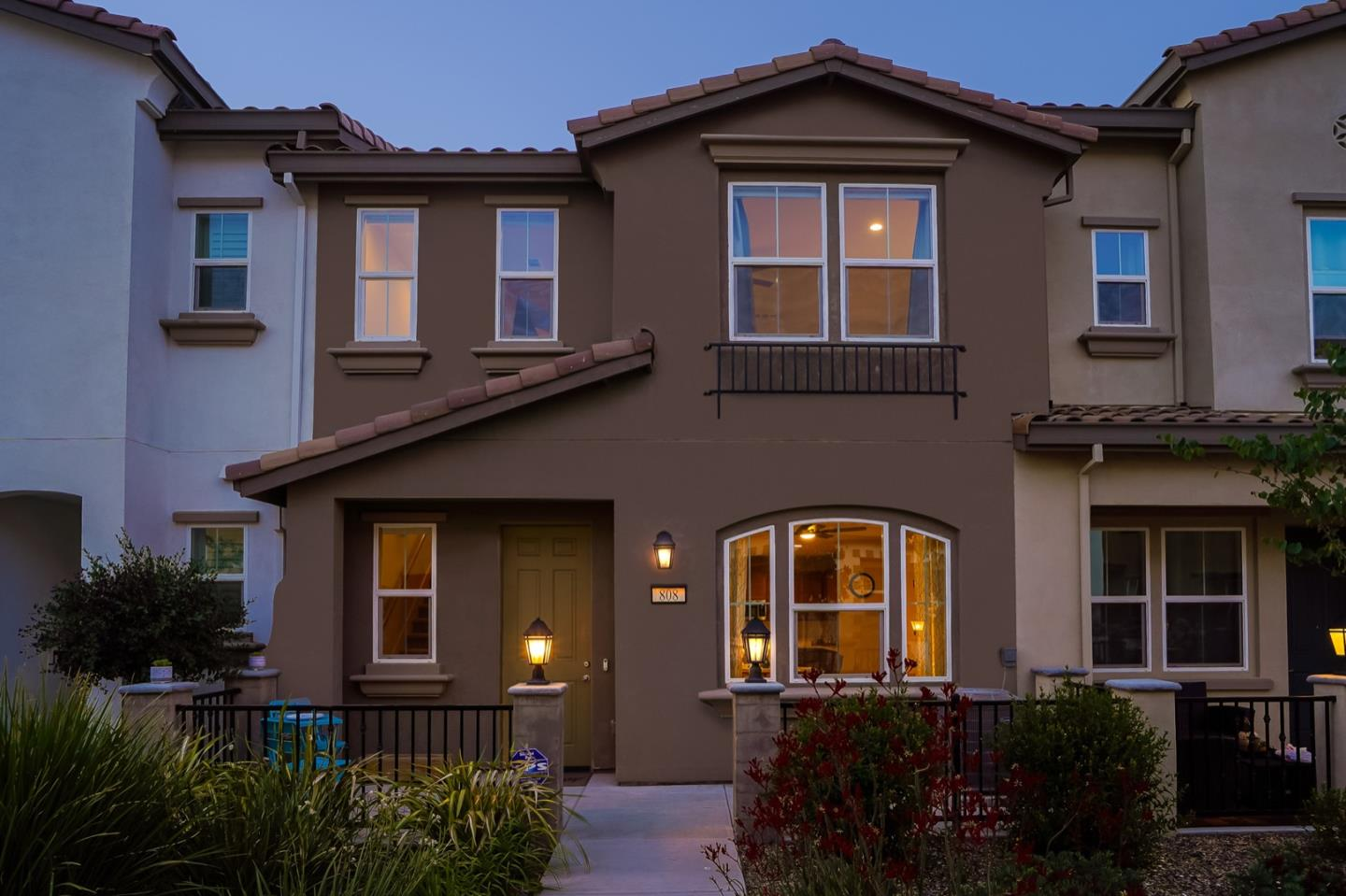 Detail Gallery Image 1 of 1 For 808 Saint Solange Ln, Morgan Hill,  CA 95037 - 3 Beds | 2/1 Baths