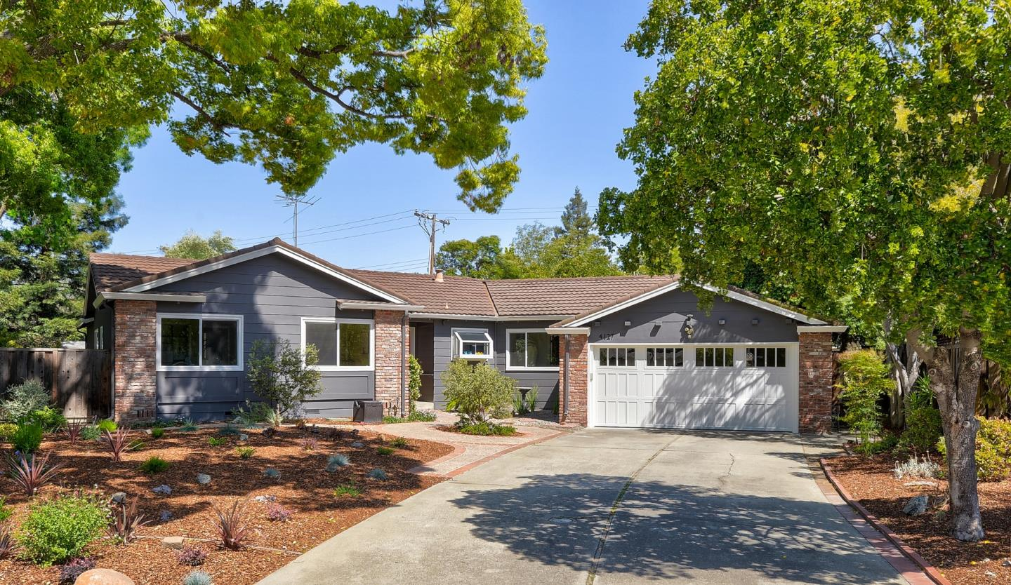 Detail Gallery Image 1 of 1 For 4127 Wilkie Ct, Palo Alto,  CA 94306 - 4 Beds   2 Baths