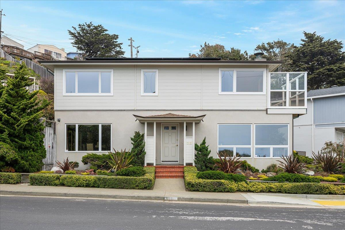 Detail Gallery Image 1 of 1 For 115 Westline Dr, Daly City,  CA 94015 - 3 Beds   2/1 Baths