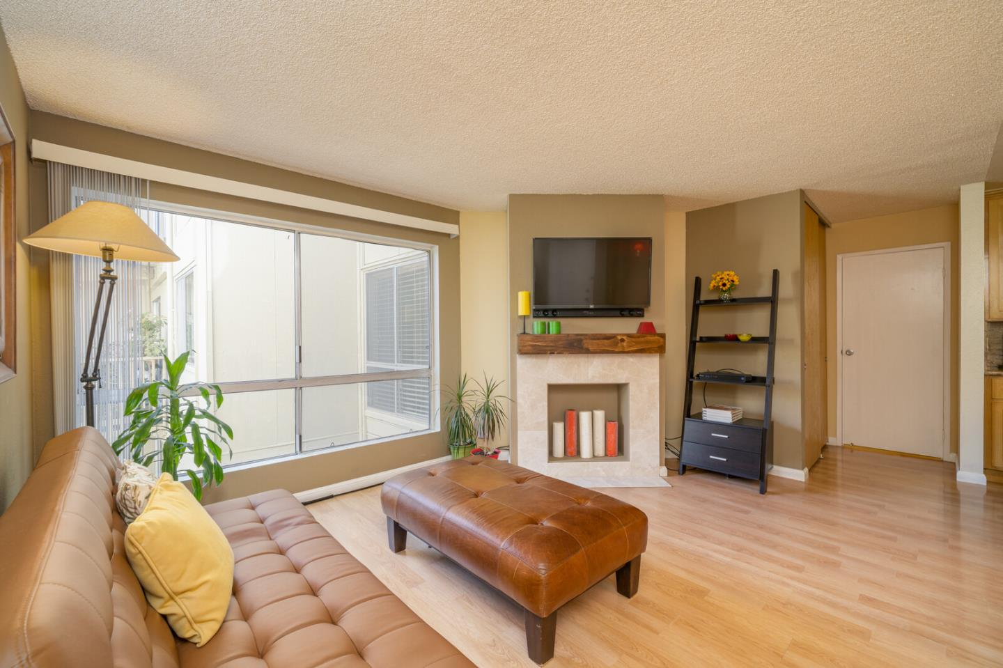 Detail Gallery Image 1 of 1 For 368 Imperial Way #242,  Daly City,  CA 94015 - 2 Beds | 2 Baths