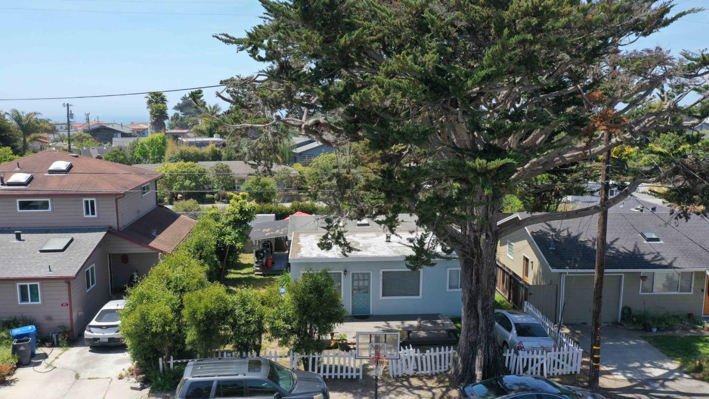 Detail Gallery Image 1 of 1 For 513 Pine St, Aptos,  CA 95003 - 2 Beds | 2 Baths