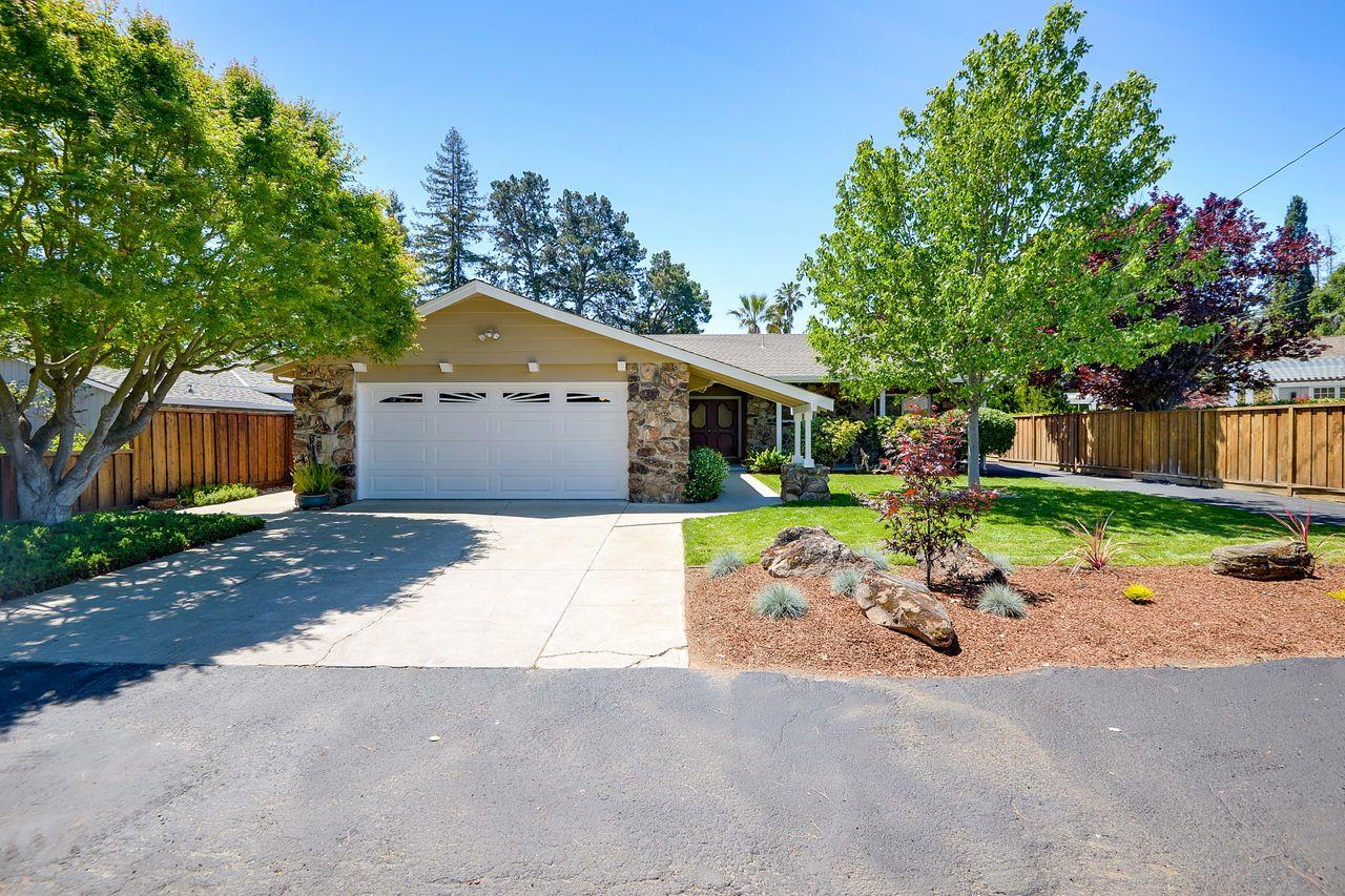 Detail Gallery Image 1 of 1 For 1140 Payne Dr, Los Altos,  CA 94024 - 4 Beds | 2/2 Baths