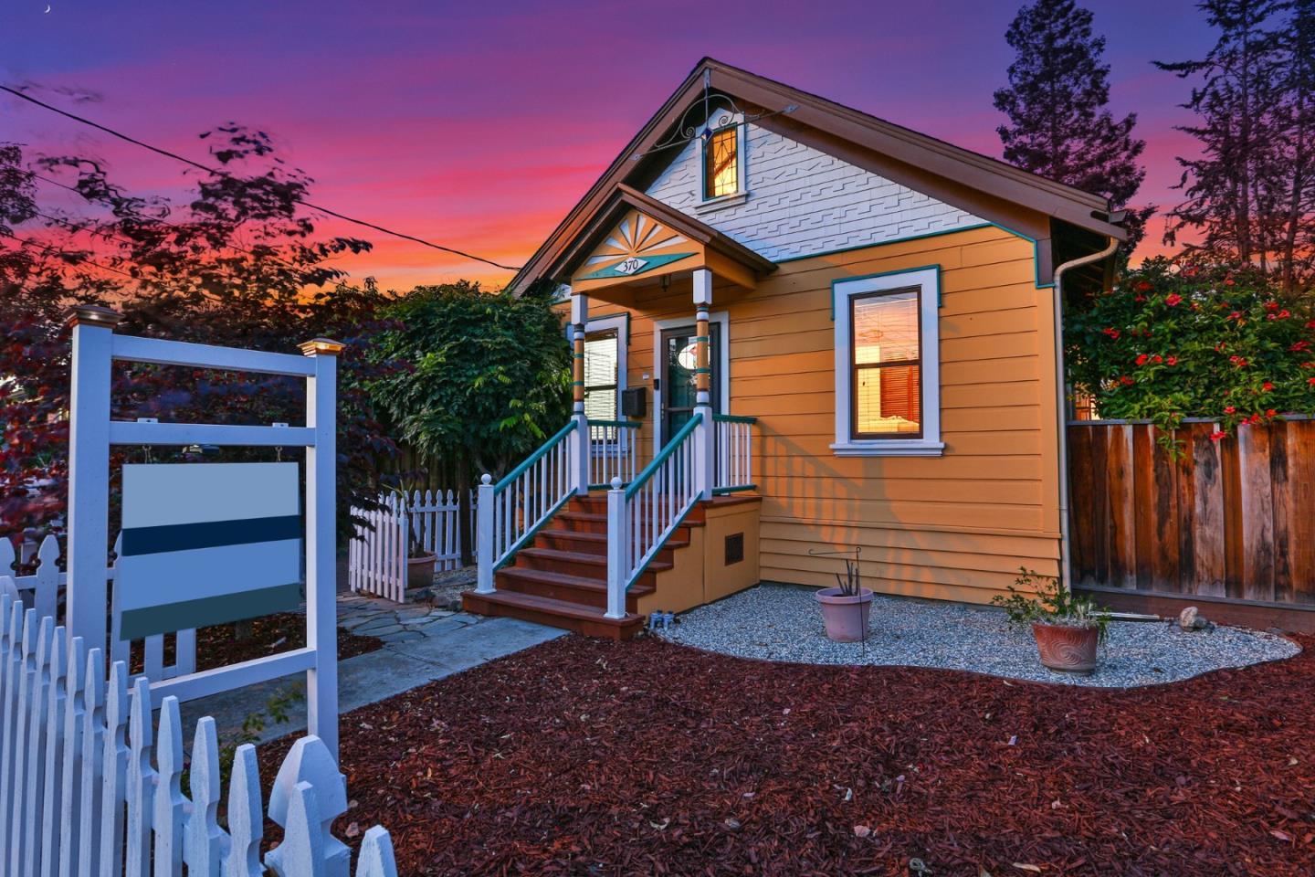 Detail Gallery Image 1 of 1 For 370 N 16th St, San Jose,  CA 95112 - 2 Beds   1 Baths