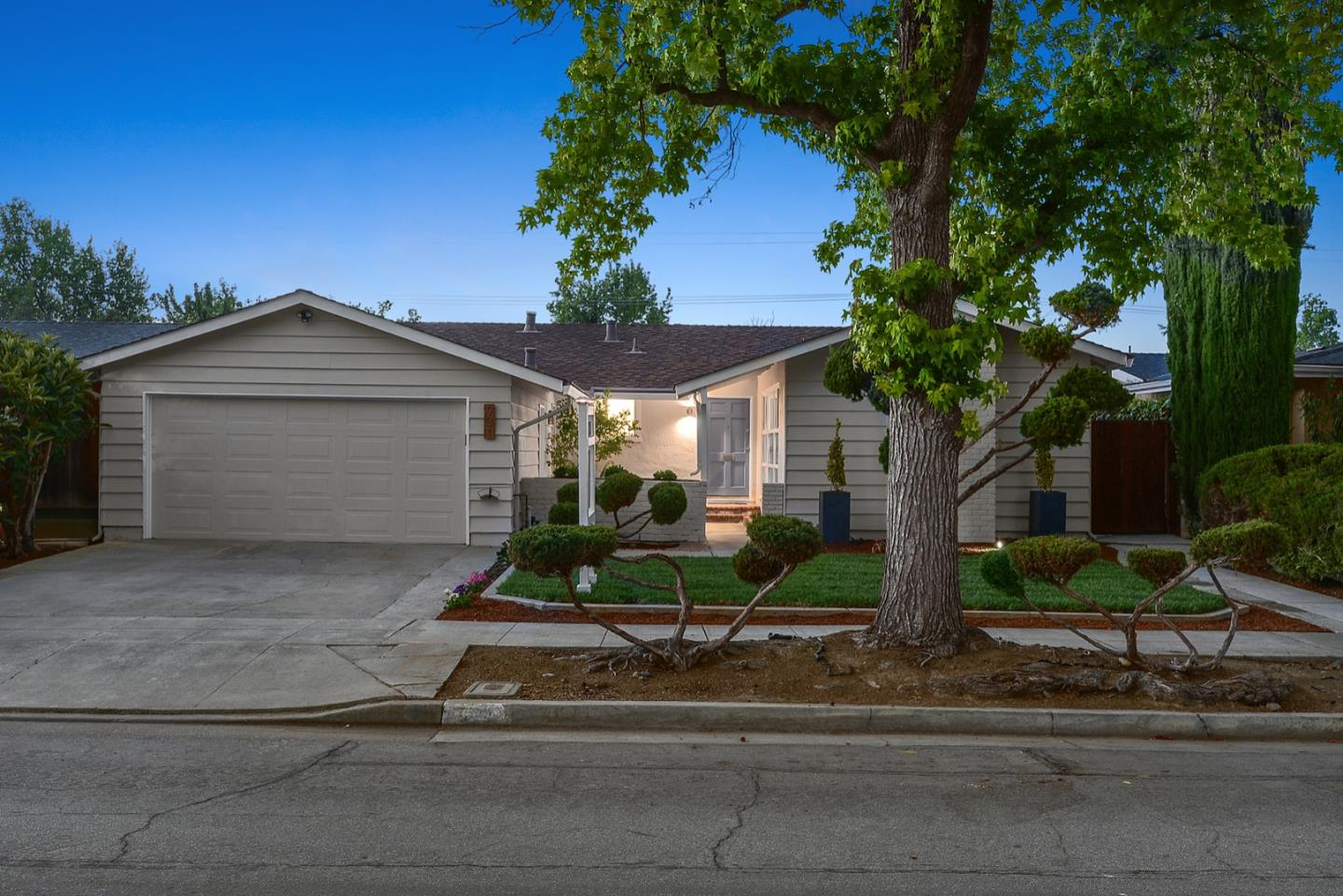 Detail Gallery Image 1 of 1 For 931 Rosette Ct, Sunnyvale,  CA 94086 - 3 Beds | 2 Baths