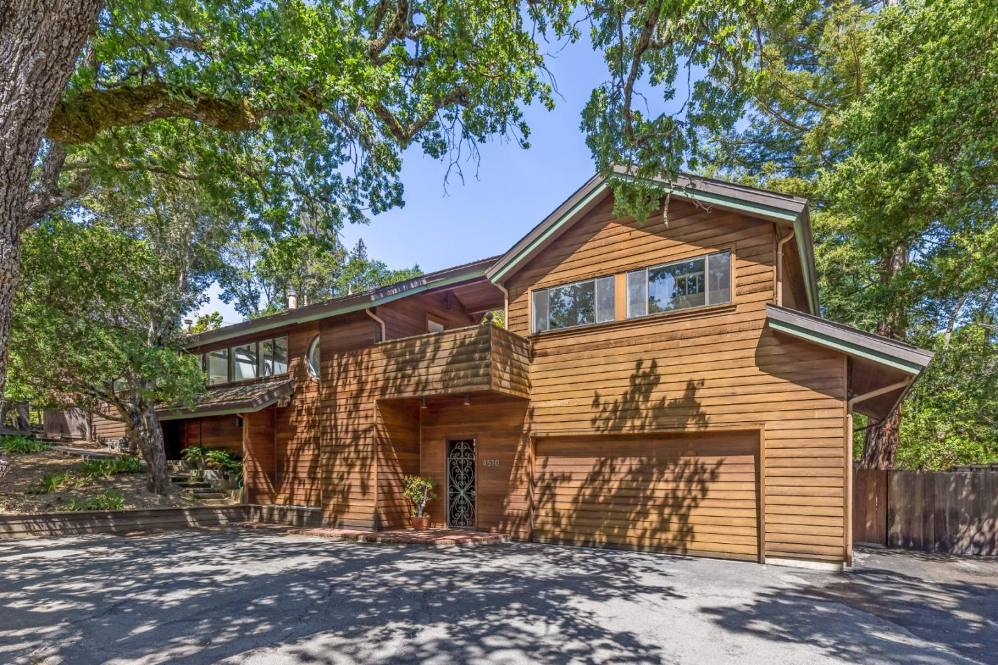 Detail Gallery Image 1 of 1 For 4510 Alpine Rd, Portola Valley,  CA 94028 - 4 Beds | 3/1 Baths