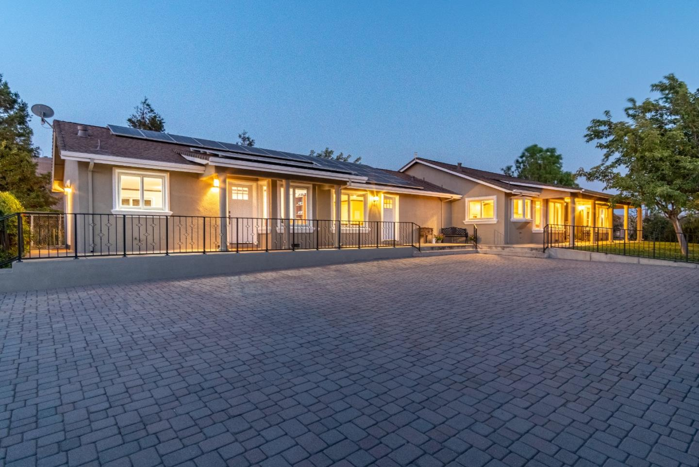 Detail Gallery Image 1 of 46 For 4758 Santa Ana Valley Rd, Hollister,  CA 95023 - 3 Beds   3/1 Baths