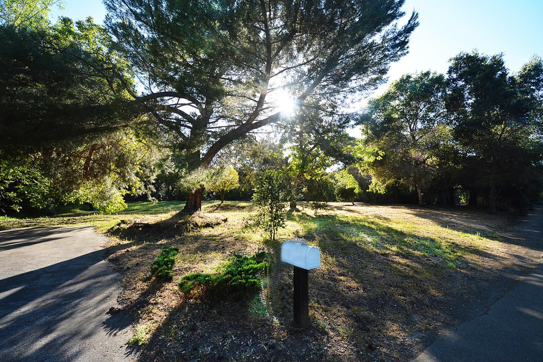 12243 Tepa WAY Los Altos Hills CA 94022
