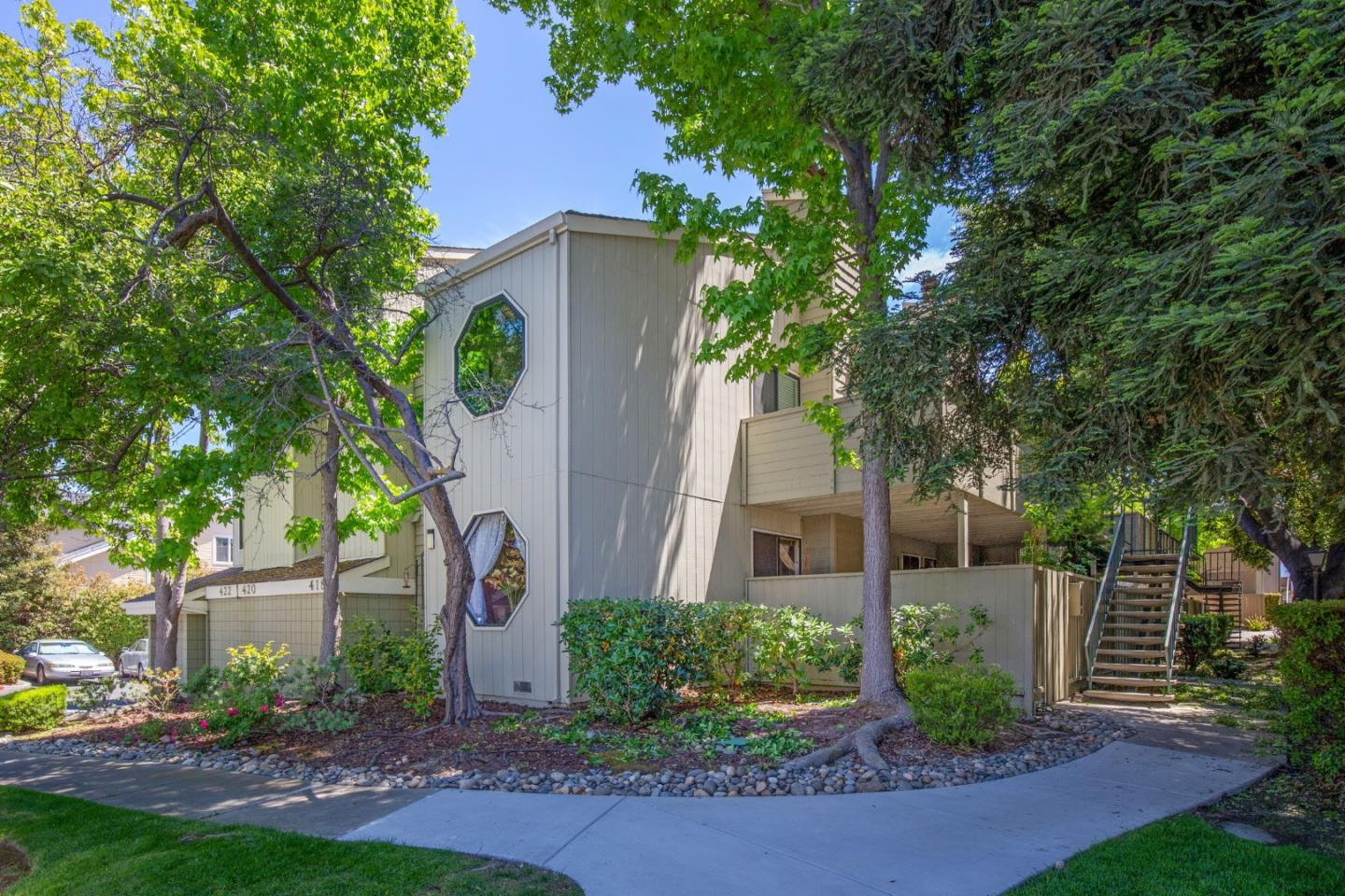 Detail Gallery Image 1 of 1 For 418 Crescent Ave #2,  Sunnyvale,  CA 94087 - 2 Beds   2 Baths