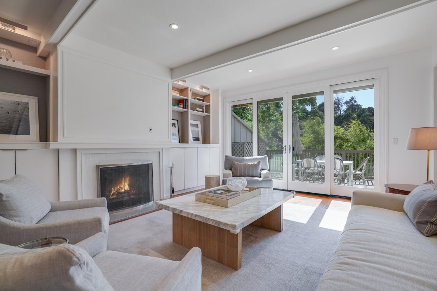 Detail Gallery Image 1 of 41 For 522 Sand Hill Cir, Menlo Park,  CA 94025 - 3 Beds | 2/1 Baths