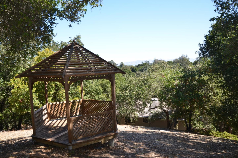 0 La Barranca RD Los Altos Hills CA 94022