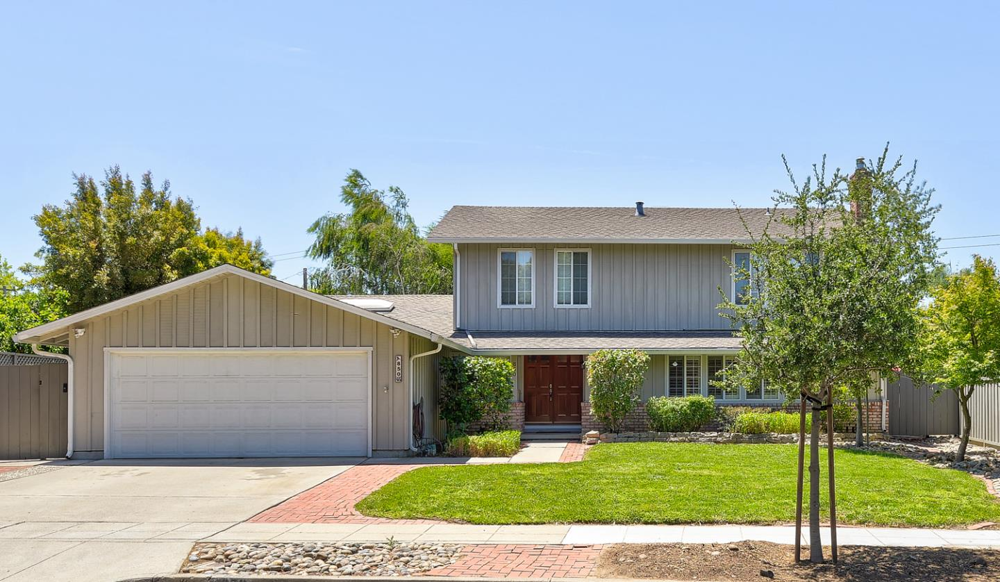 Detail Gallery Image 1 of 1 For 850 Cathedral Dr, Sunnyvale,  CA 94087 - 6 Beds   3 Baths