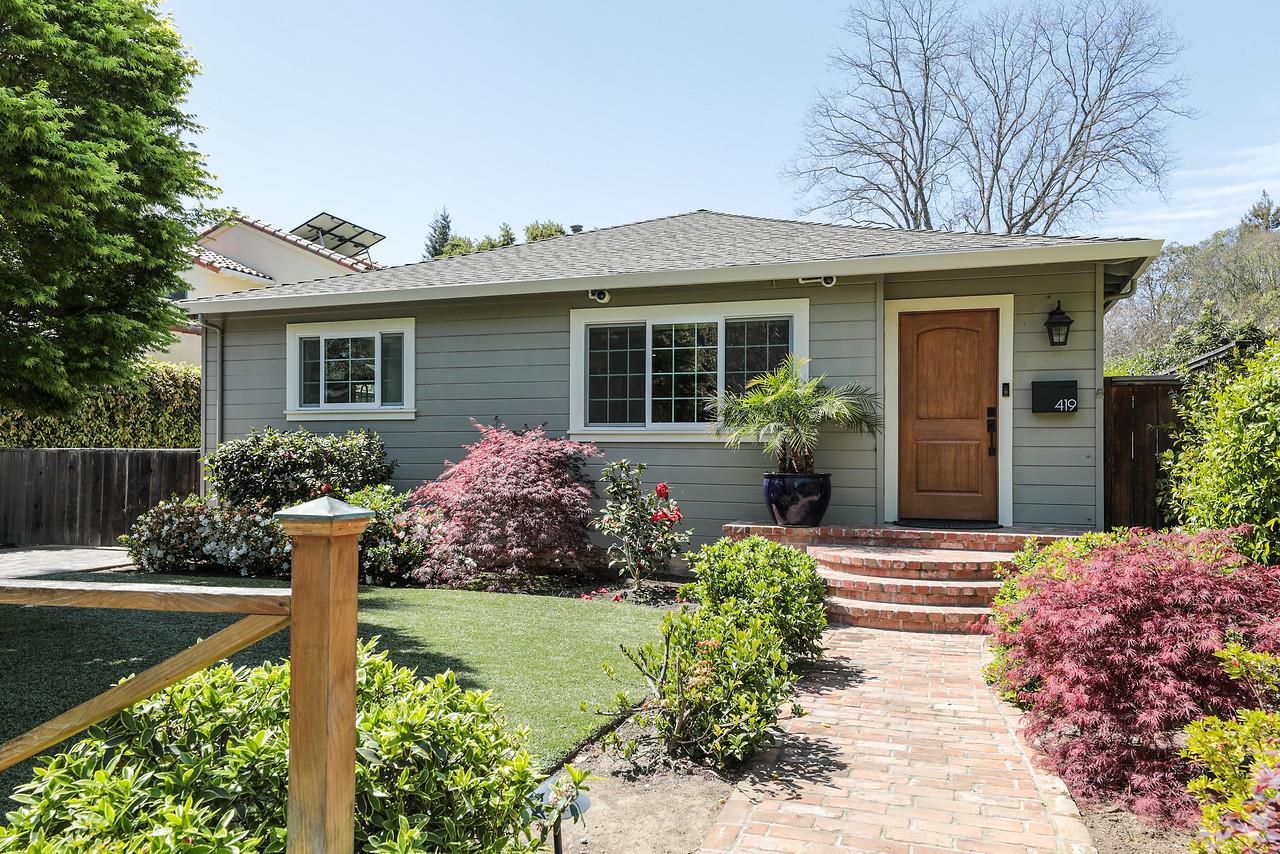 Detail Gallery Image 1 of 17 For 419 Central Ave, Menlo Park,  CA 94025 - 3 Beds | 2 Baths