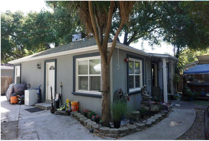 Detail Gallery Image 1 of 27 For 621 Circle Dr, East Palo Alto,  CA 94303 - 4 Beds   2 Baths