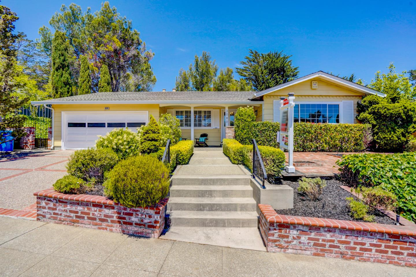 Detail Gallery Image 1 of 1 For 3080 Arguello Dr, Burlingame,  CA 94010 - 4 Beds | 2/1 Baths