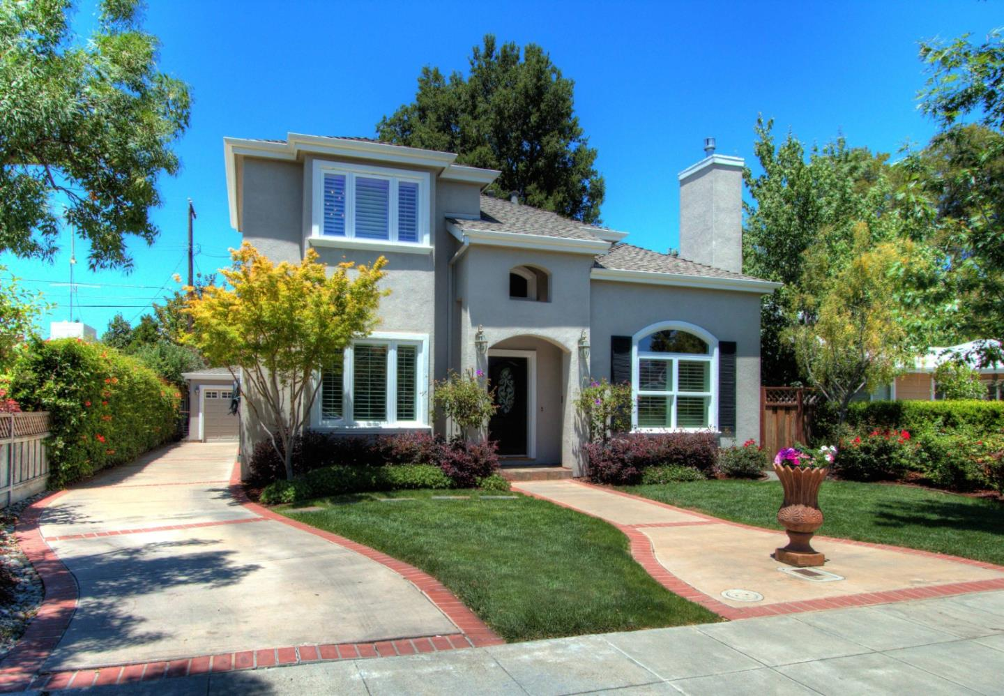 Detail Gallery Image 1 of 1 For 585 Ashton Ave, Palo Alto,  CA 94306 - 4 Beds   3 Baths