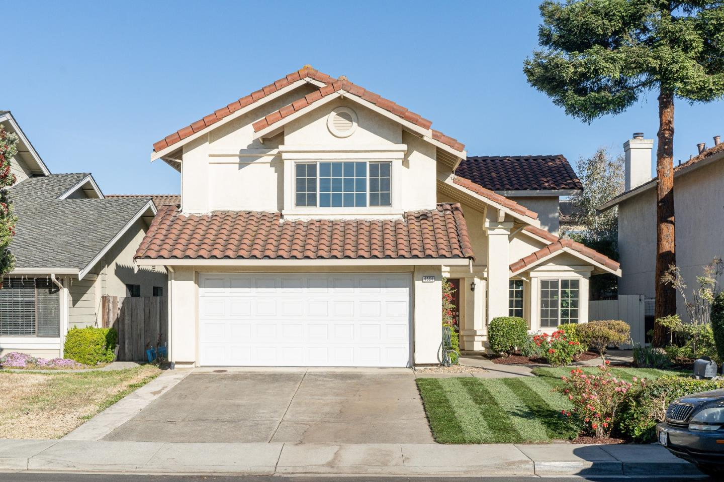 Detail Gallery Image 1 of 1 For 4564 Oakdale St, Union City,  CA 94587 - 4 Beds | 2/1 Baths