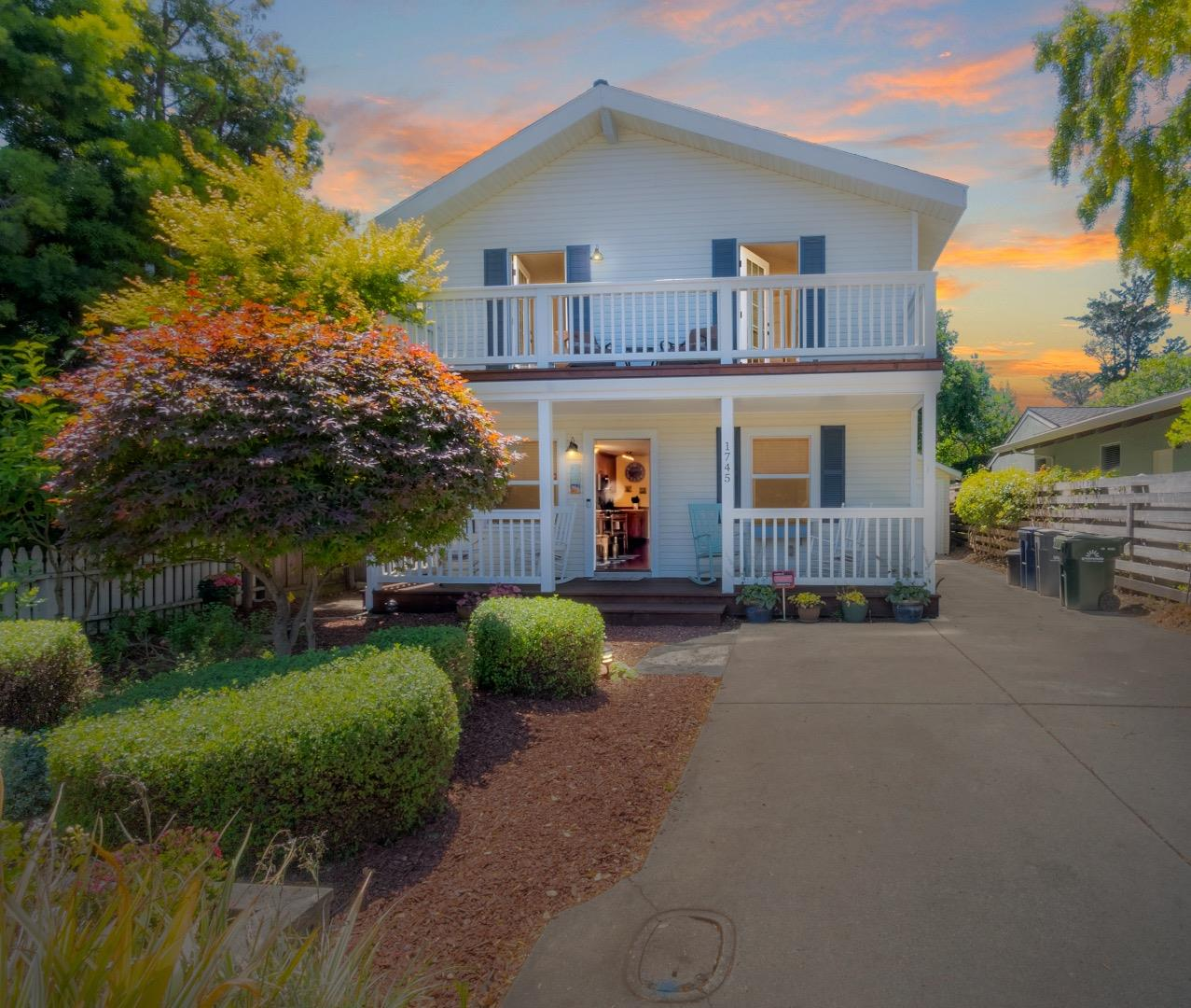 Detail Gallery Image 1 of 1 For 1745 49th Ave, Capitola,  CA 95010 - 3 Beds | 2 Baths