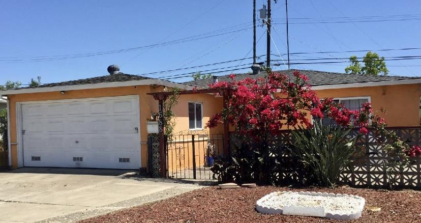 Detail Gallery Image 1 of 1 For 1688 Foxworthy Ave, San Jose,  CA 95124 - 4 Beds   1 Baths
