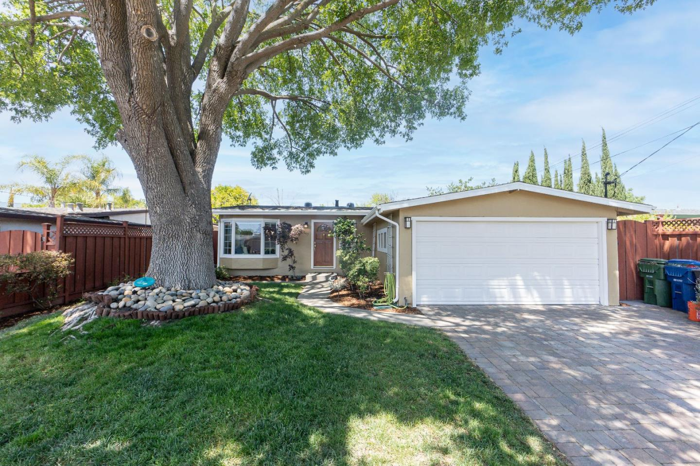 Detail Gallery Image 1 of 1 For 547 Weston Dr, Campbell,  CA 95008 - 3 Beds | 1 Baths